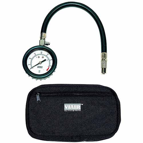 "VIAIR 2.5"" Tire Gauge with Hose, 0 to 15 PSI, with Storage Pouch"