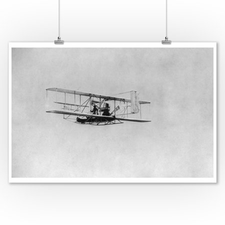 Flight Photo - Wilbur Wright in Flight from Governor's Island Photograph (9x12 Art Print, Wall Decor Travel Poster)