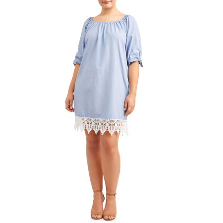 Women\'s Plus Size Chambray Dress with Lace Detailing