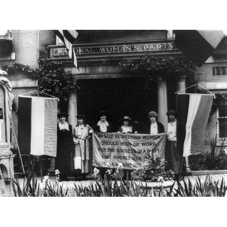 National Womens Party Nalice Paul With Officers Of The National Womens Party Holding A Banner With A Quote By Susan B Anthony In Front Of Their Washington Dc Headquarters 1920S Pictured Are Sue White
