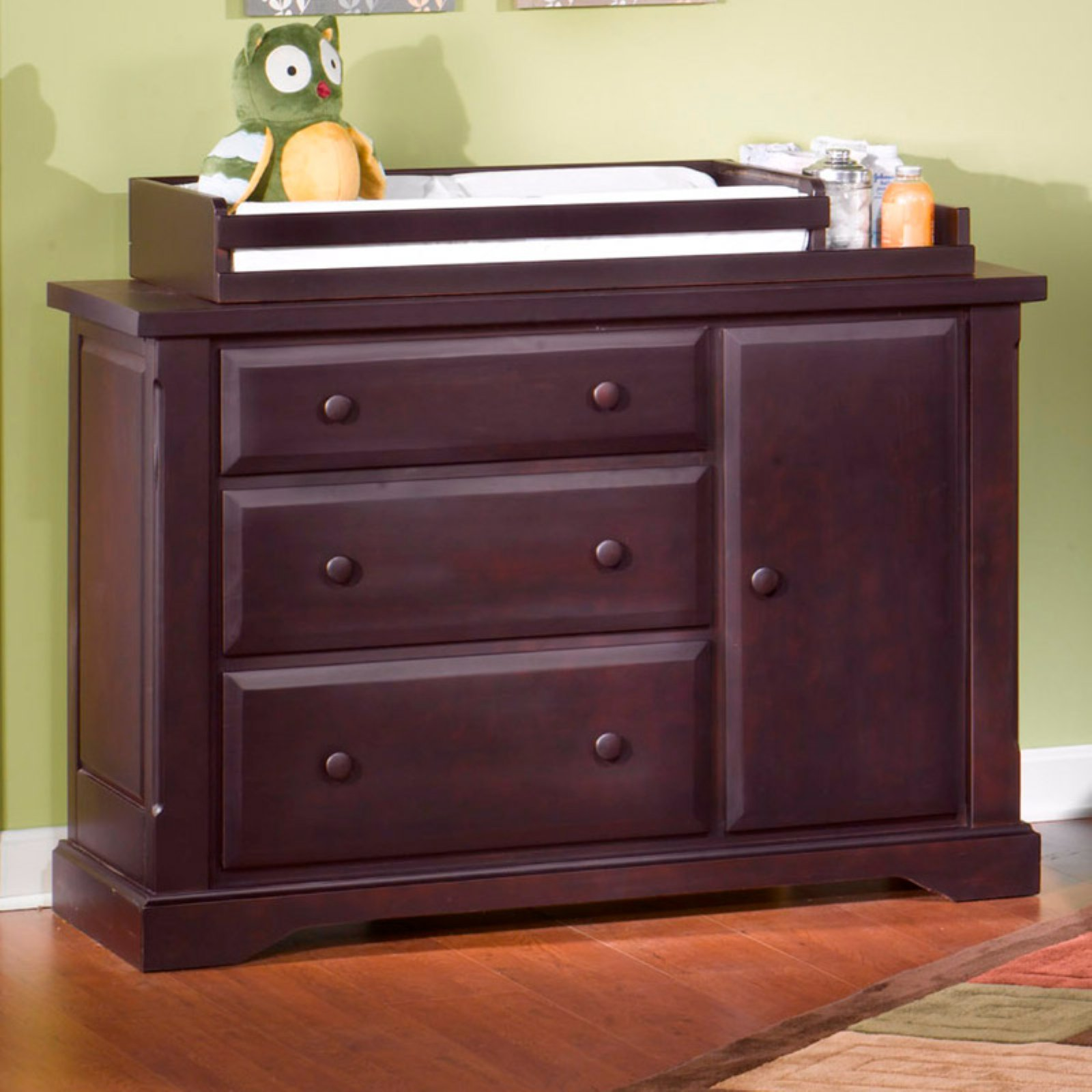 Child Craft Hawthorne Dressing Bureau