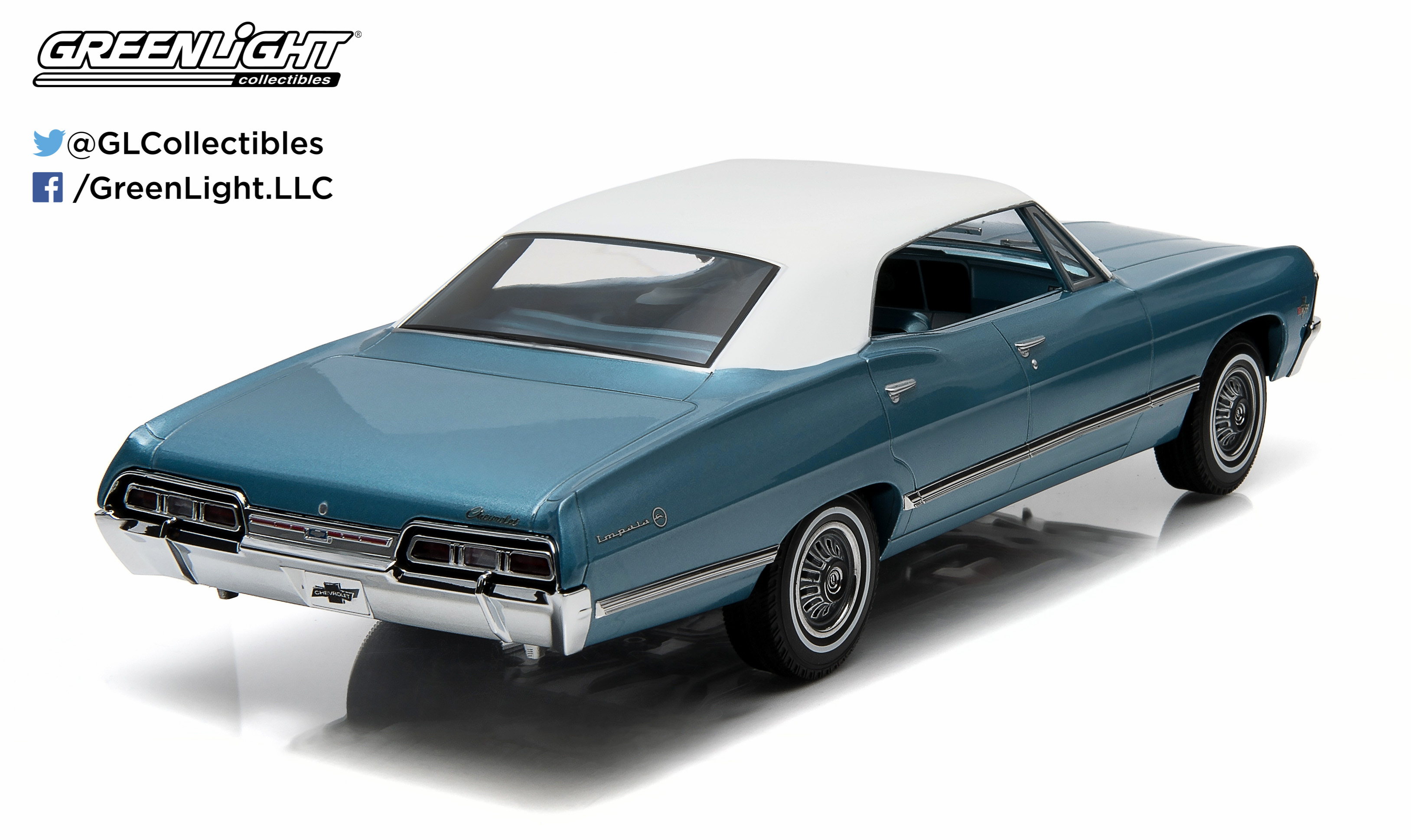 1 18 Artisan Collection 1967 Chevrolet Impala Sport Sedan Nantucket Blue With White Top Walmart Com Walmart Com