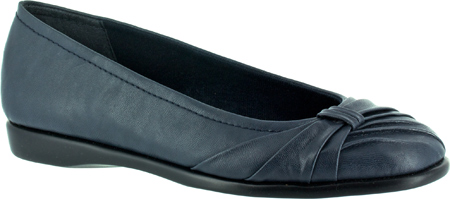 Women's Easy Street Giddy Flat Economical, stylish, and eye-catching shoes