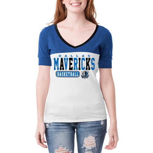 NBA Dallas Mavericks Women's Cuffed Short Sleeve V Neck Tee