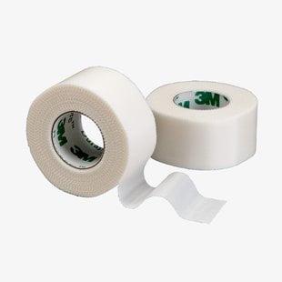 - Durapore Medical Tape, Silk-Like Fabric, 1 Inch X 10 Yards, 3M # 1538-1 - Single Roll