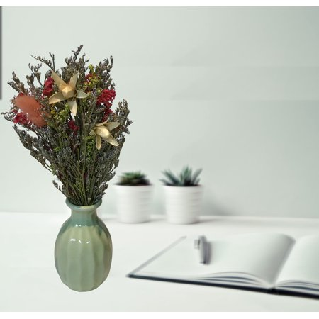 Handmade Dry Flowers with Ceramic Vase (Green Vase);Product Size: 7.5x3.5x3.5 (vase size: 3x1.5x1.5). Accent Home Office Shop Event Wedding Table Center