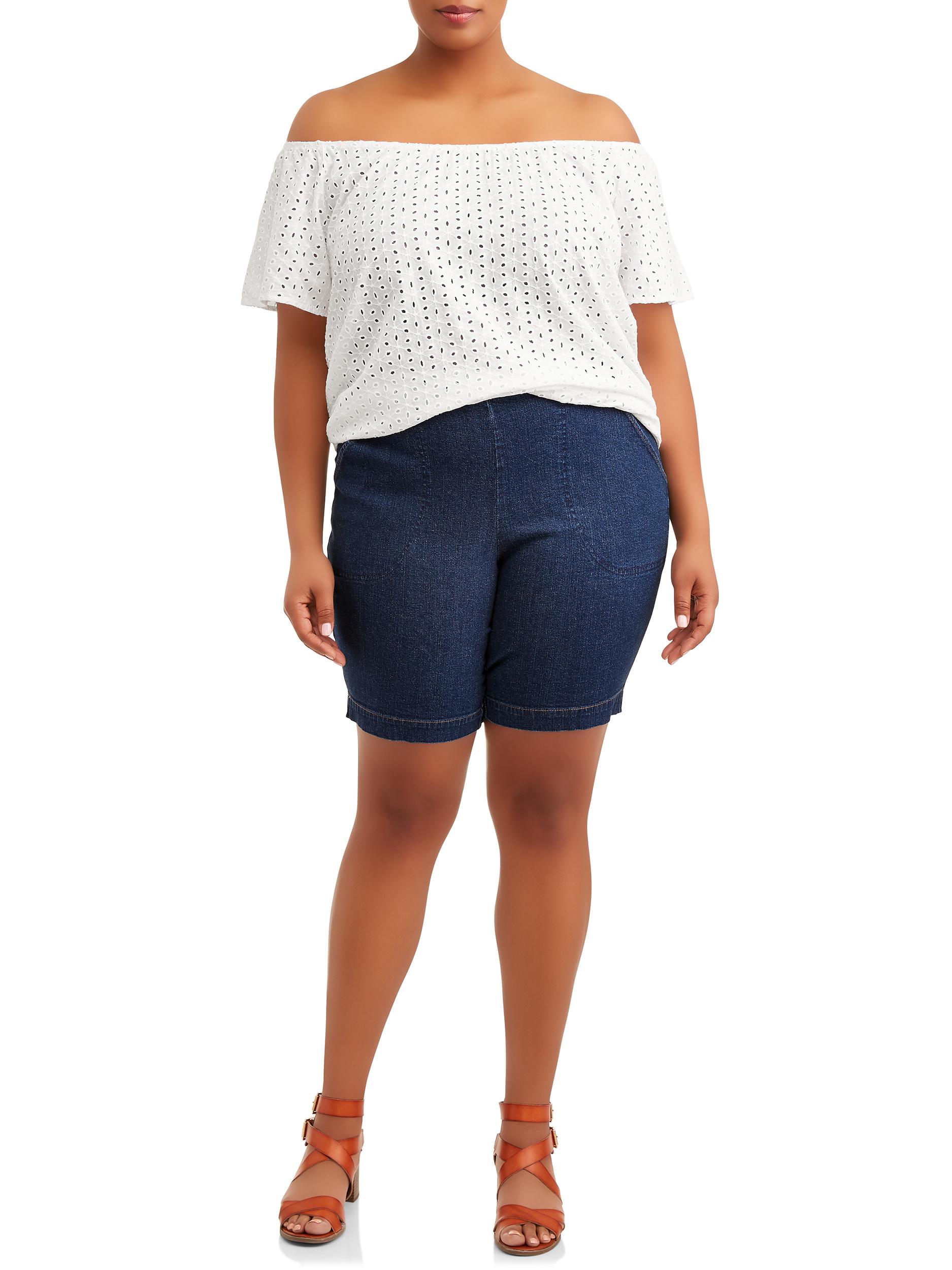 Plus size teen plaid bermuda shorts