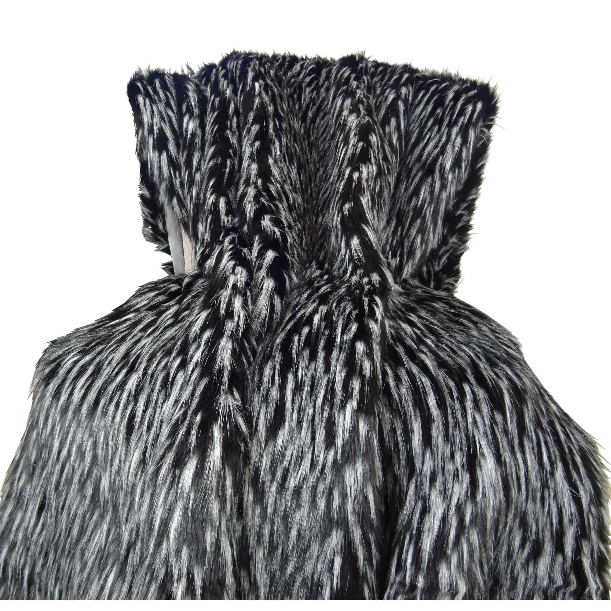 HomeRoots Beddings,Plutus Wolf Fur Handmade Throw,Wolf Fur
