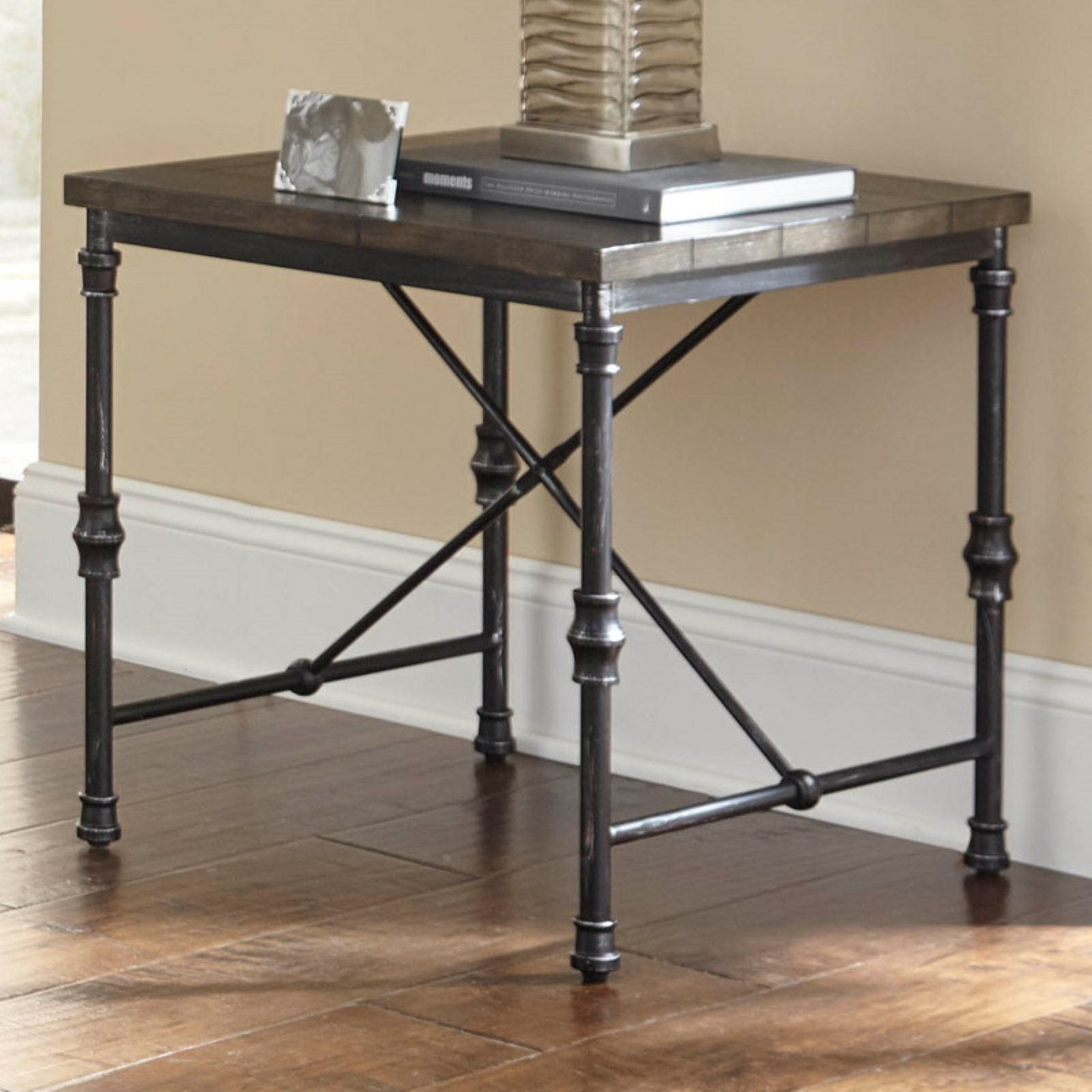Steve Silver Co. Lillian End Table