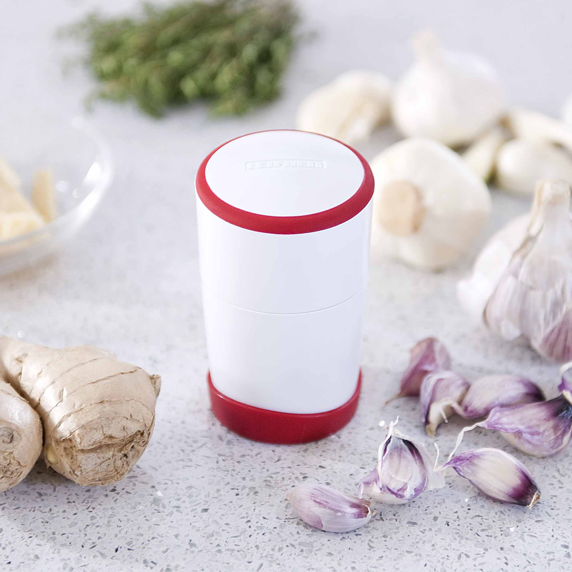 Leifheit Fine-Cut Gourmet Garlic Slicer, White and Red