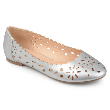 Cap Toe Leather Flats (Women's Faux Leather Wide Width Scalloped Laser-cut Round Toe)