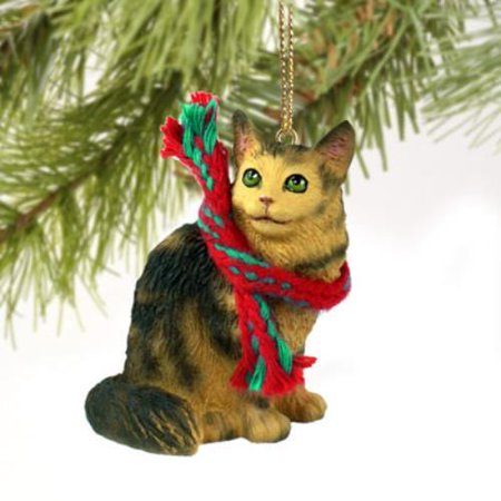 CTX17 Brown Tabby Maine Coon Cat Original Ornament ()
