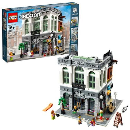 lego creator expert brick bank 10251 2 380 pieces. Black Bedroom Furniture Sets. Home Design Ideas