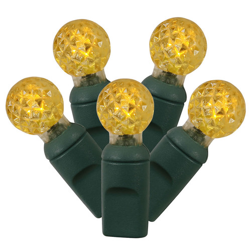 Red X6G9503 Vickerman 50 Count Single Mold G12 Berry LED Light Set with Green Wire