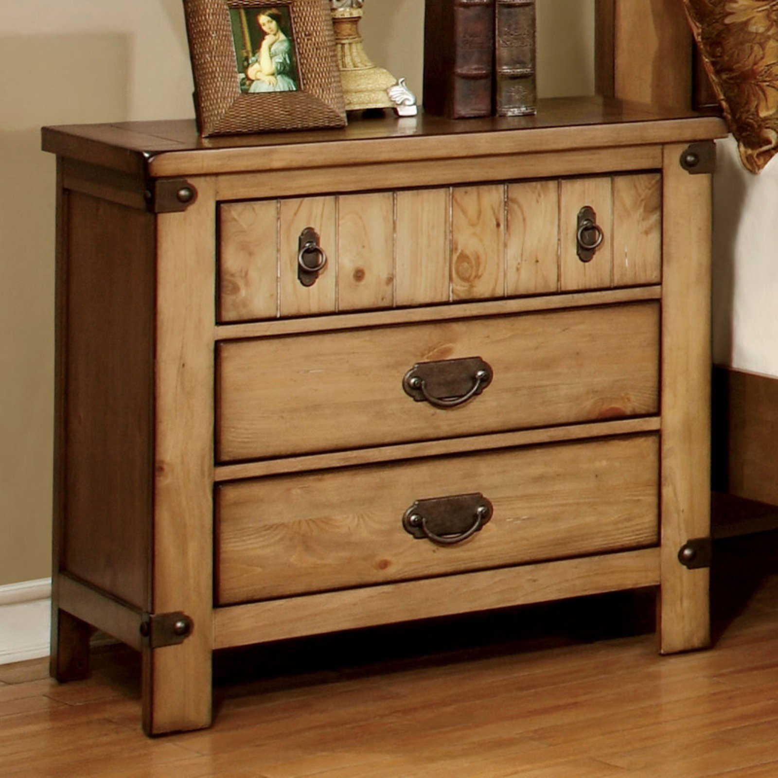 Furniture of America Cauble Antique Pine 3 Drawer Nightstand