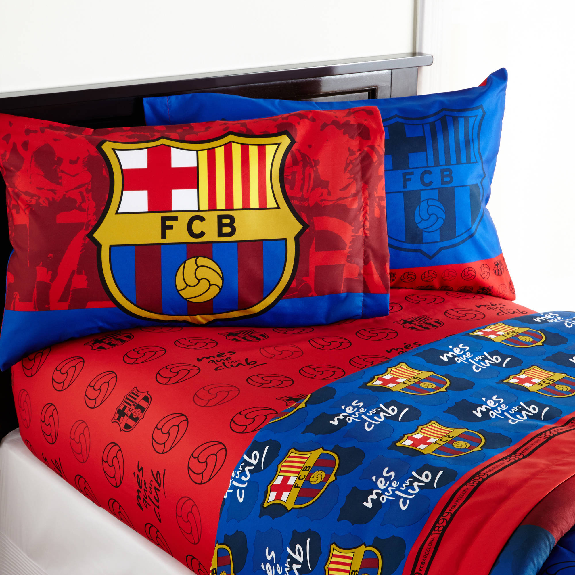 Barcelona 'FCB Soccer' Bedding Sheet Set