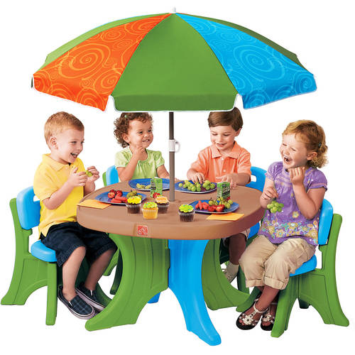 Step2 Deluxe Play & Shade Kids Patio Set