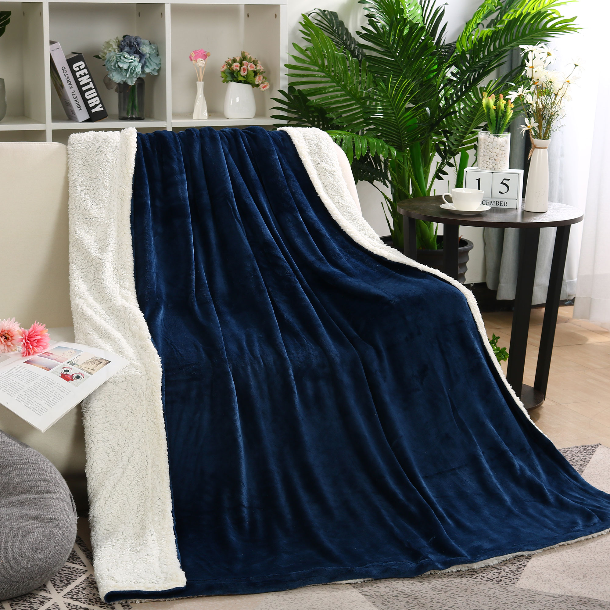 """Plush Fleece Blanket Flannel Double Sided Soft Blankets Twin for Sofa Bed Navy Blue White 59"""" x 78"""""""