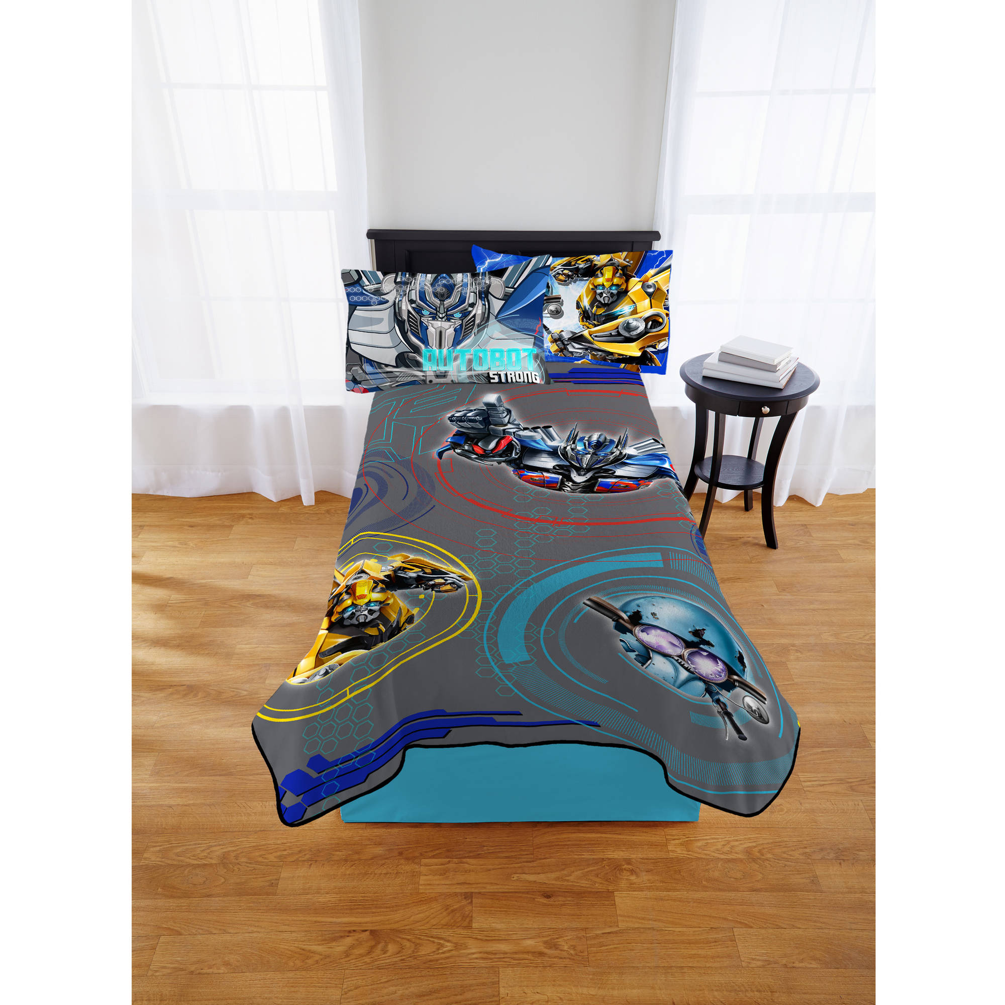 "Transformers Kids Plush Blanket, Twin, 62""x90"", Autobot Roll Call"