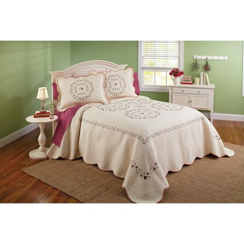 Better Homes and Gardens Lydney Bedspread