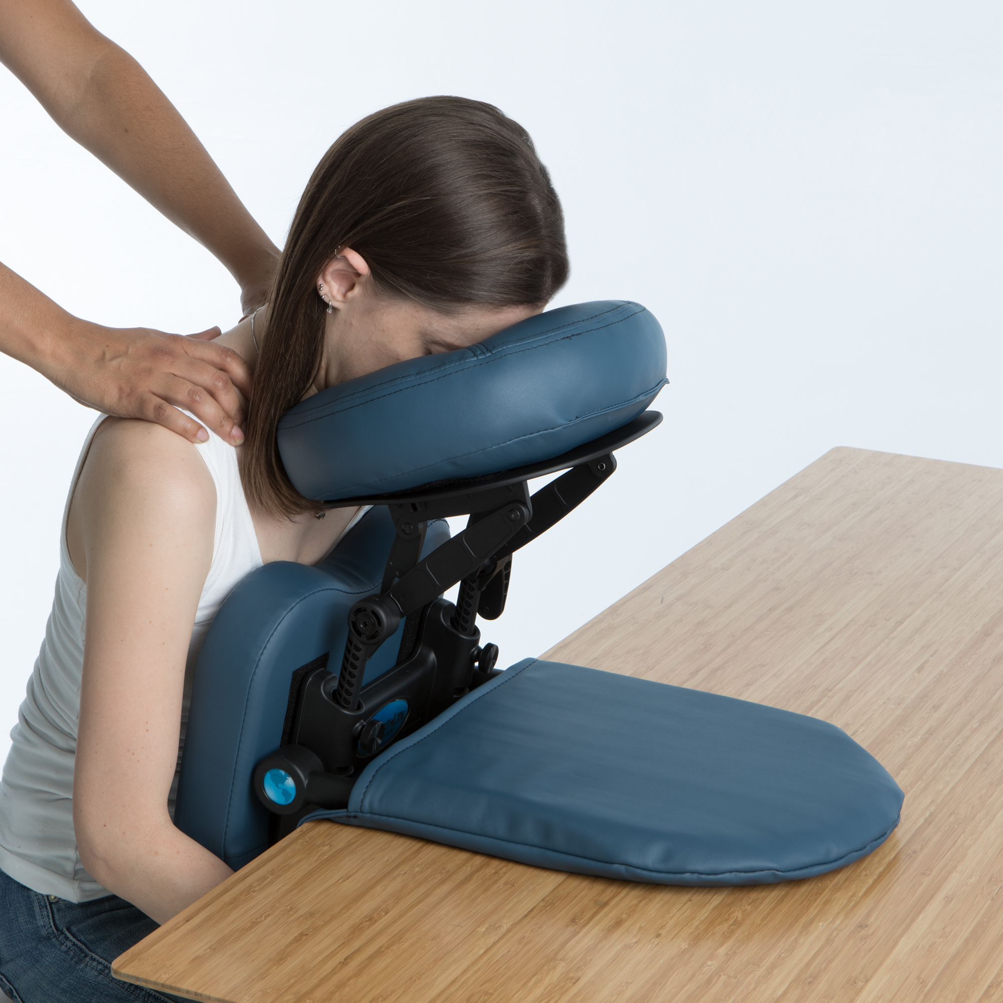 EARTHLITE Travelmate Massage Support System Package - Face Down Desk & Tabletop Massage Kit, Vitrectomy recovery equipment