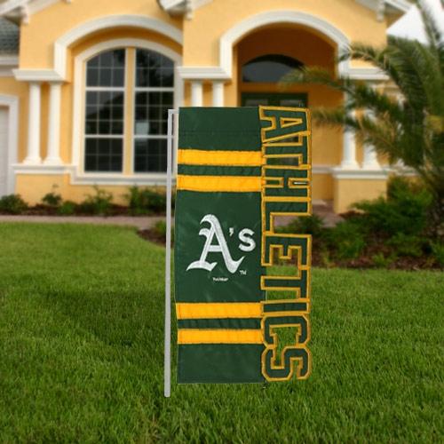 Evergreen Enterprises MLB Sculpted Applique Letters Garden Flag