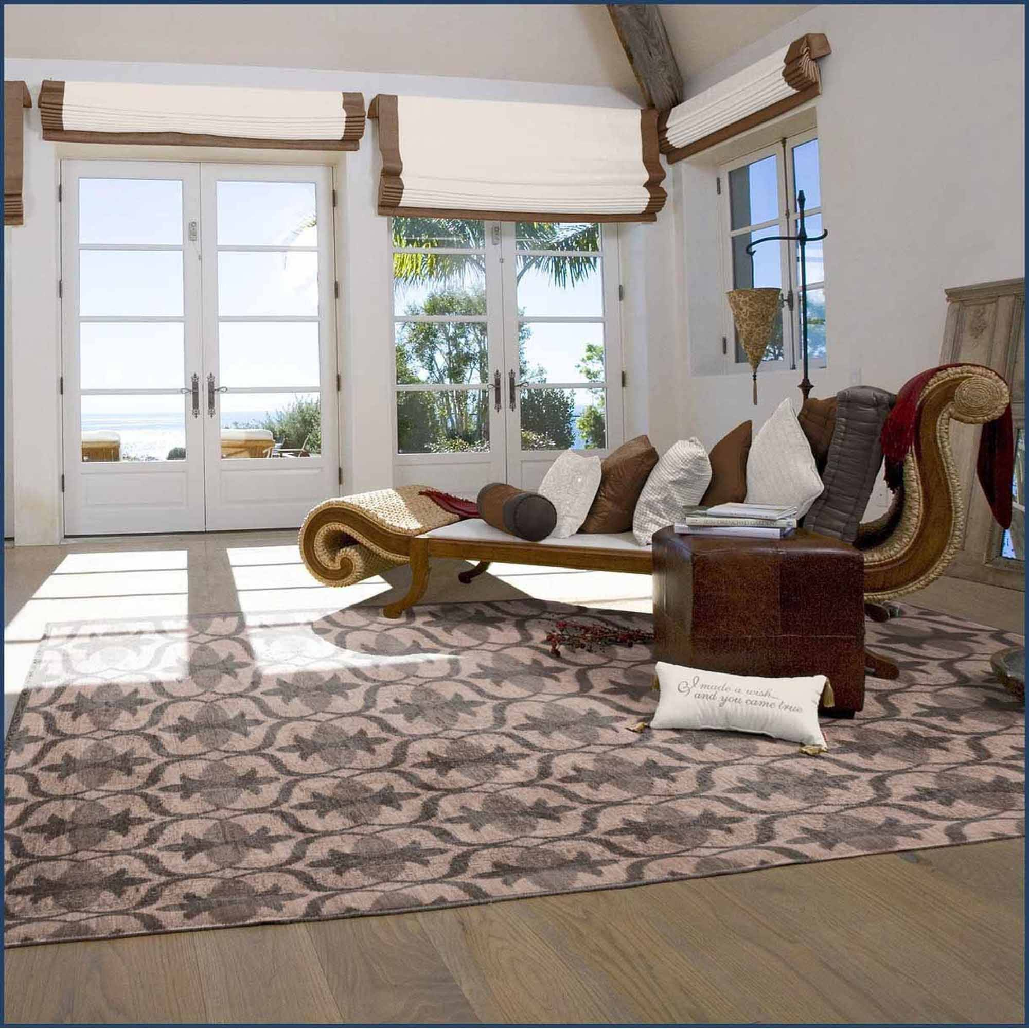 Spaces Home and Beyond Clover Shadow Accent Rug