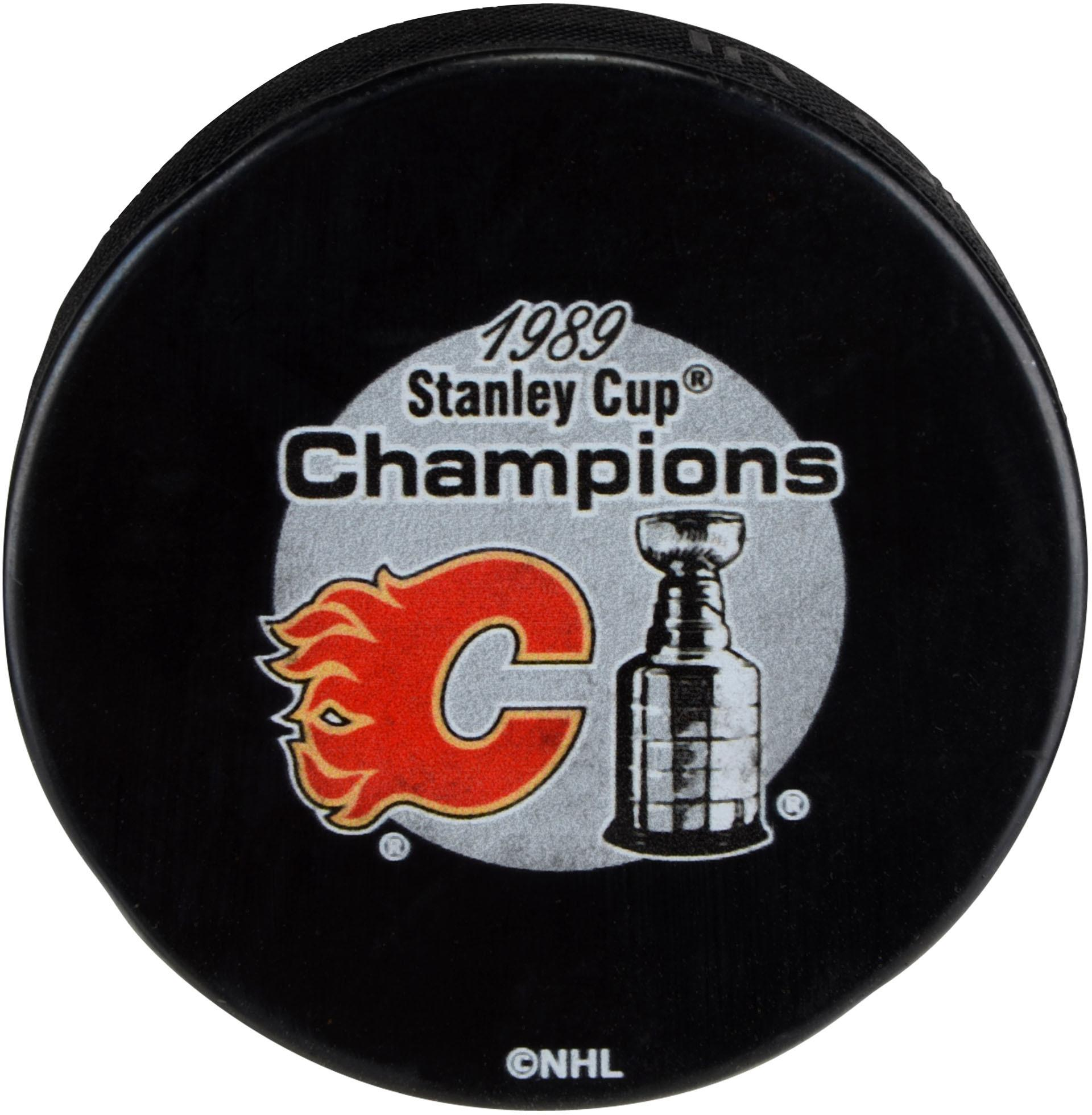 Calgary Flames Unsigned 1989 Stanley Cup Champions Logo Hockey Puck
