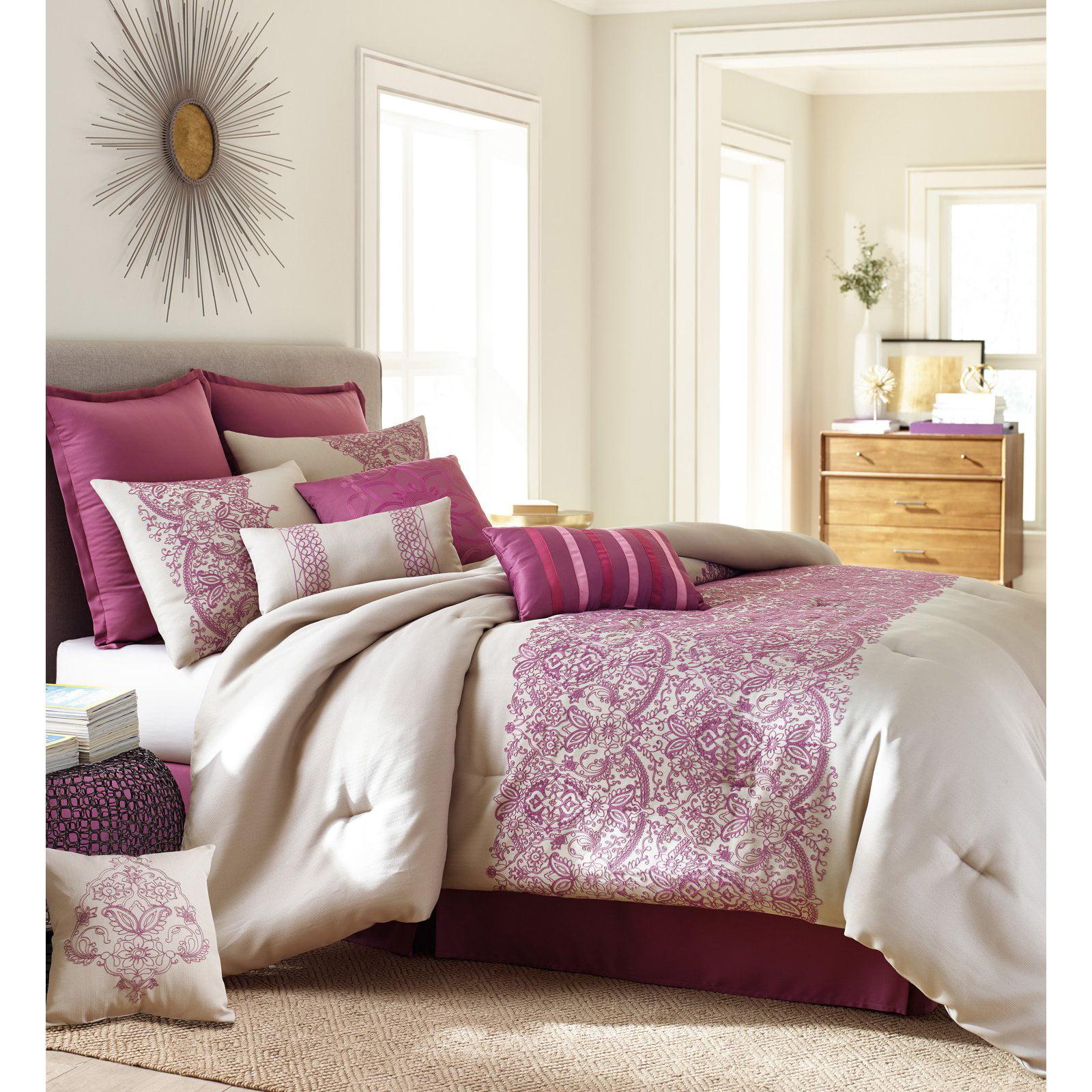 Nanshing Martine 10-Piece Comforter Set