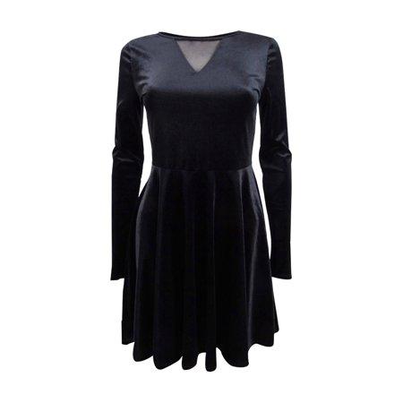 One Hart Juniors' Velvet Fit & Flare Dress (S, Black) ()