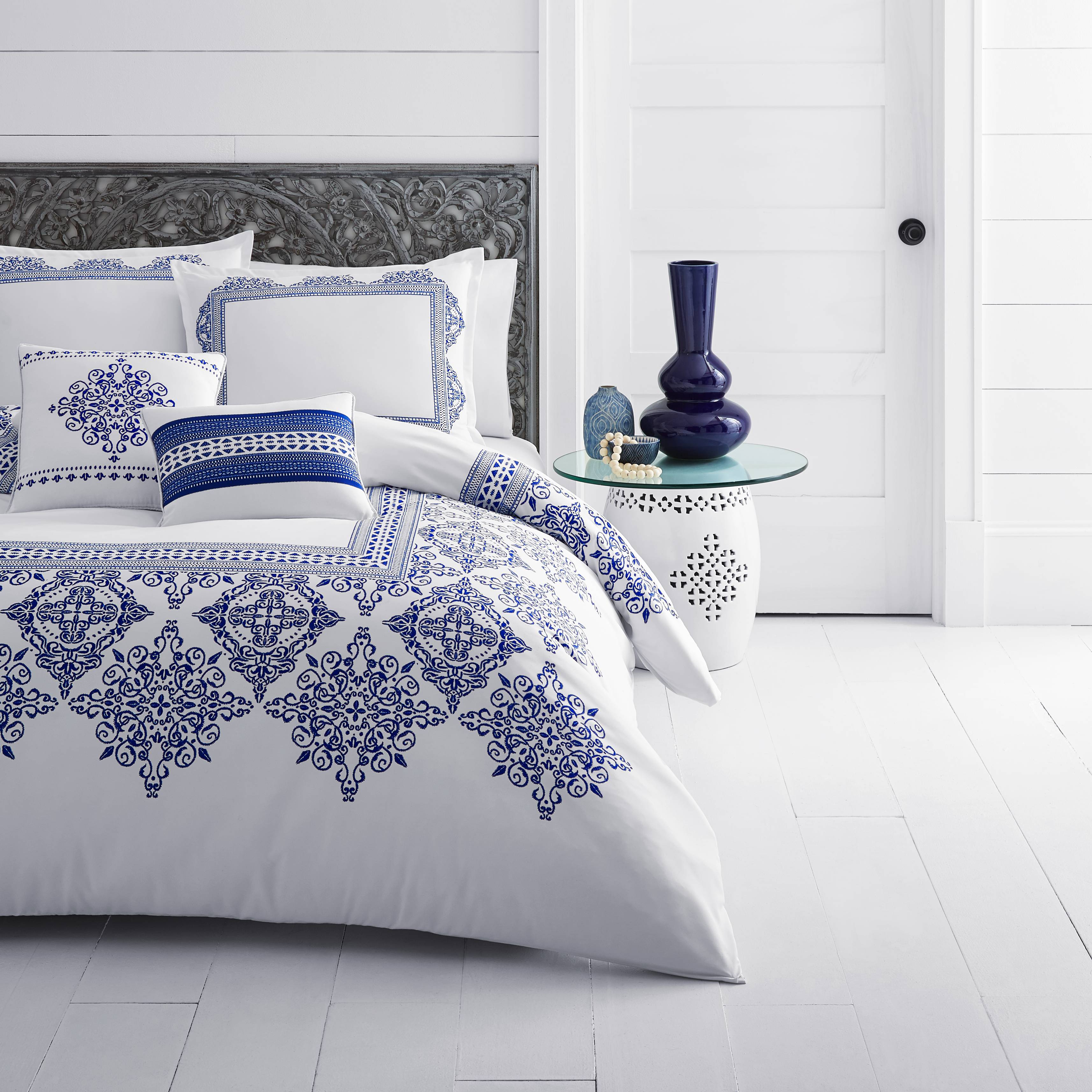 Azalea Skye Cora White Comforter Set, Full/Queen