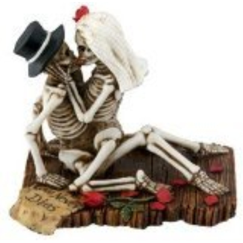 Skeleton Couple Love Never Dies Dia de los Muertos Day of the Dead Figurine
