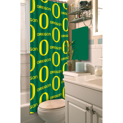 Attirant NCAA Oregon Ducks Shower Curtain