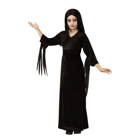 Cute Family Themed Halloween Costumes (Morticia of The Addams Family Girls)