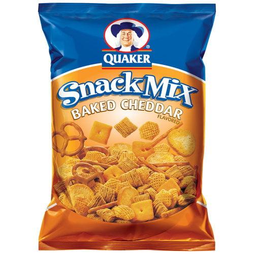 Quaker Baked Cheddar Snack Mix, 8 oz