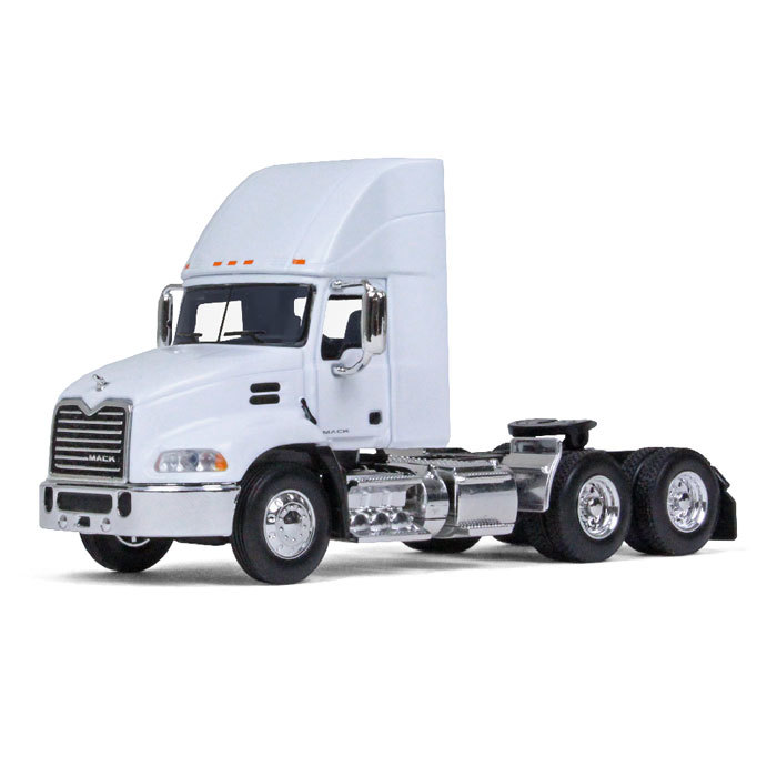 Firstgear Mack Pinnacle Day Cab White with Air Foil 1/64 ...
