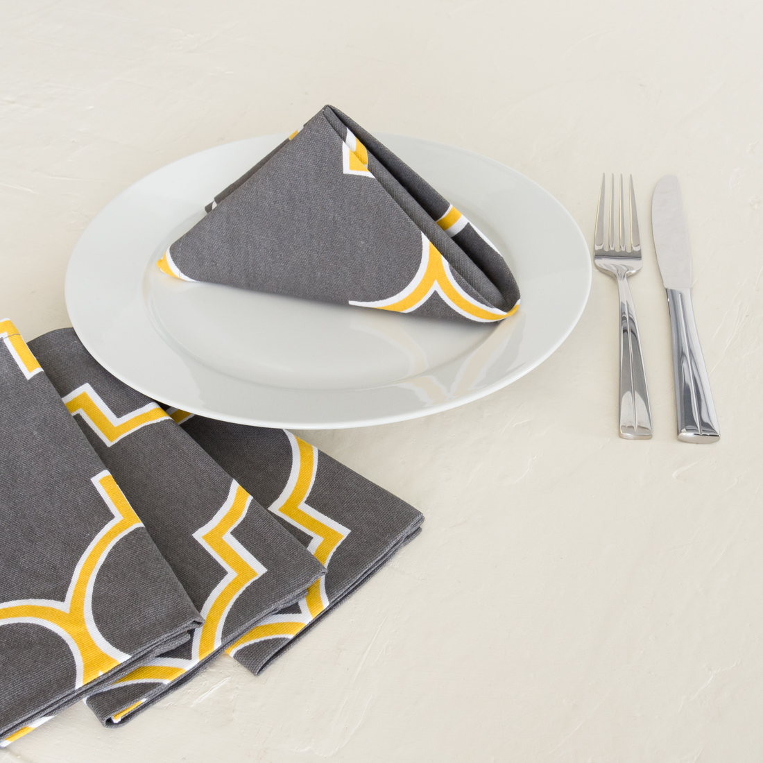 16 in. Charcoal & Mustard Yellow Trellis Cotton Napkins 4 pack by