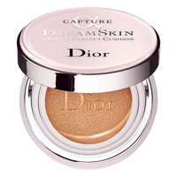 Christian Dior Capture DreamSkin Moist  Perfect Cushion SPF 50 020 Light Beige 0.5oz  15g