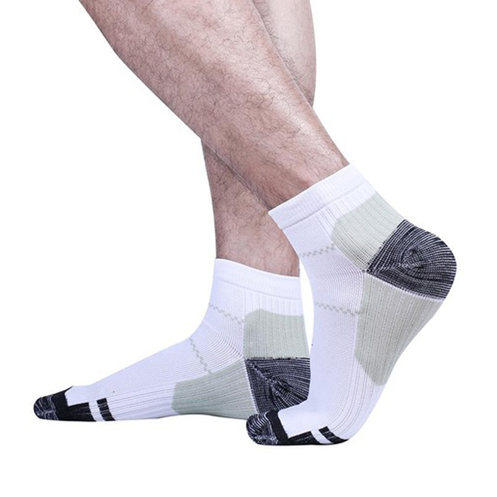 Compression Foot Sleeves Plantar Fasciitis Socks Heel Pain 3 Pairs Ankle Support Socks for Plantar Fasciitis Pain Relief and Treatment,White Size M