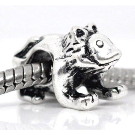 - Lion Charm Bead. Fits Troll, Zable, Baigi, Chamilia Charm Bracelets.