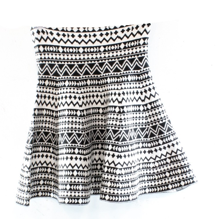 Freestyle Revolution NEW Black Small S Junior Printed Stretch Knit Skirt $36