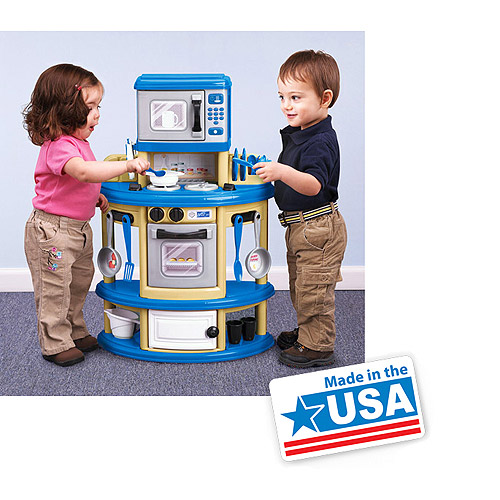 American Plastic Toys My Very Own Play Kitchen