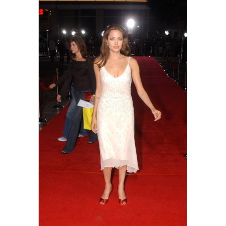 Angelina Jolie At The Premiere Of Sky Captain And The World Of Tomorrow Sept 14 2004 In Los Angeles Calif