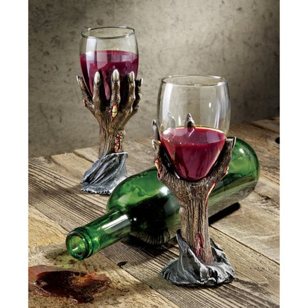 Design Toscano Toast of the Zombie Goblet (Set of 6)