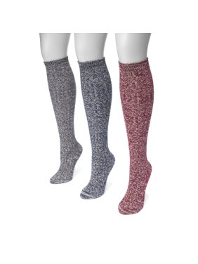 3161a7100 Product Image Women s Cable Knee High Socks 7 x 3.5