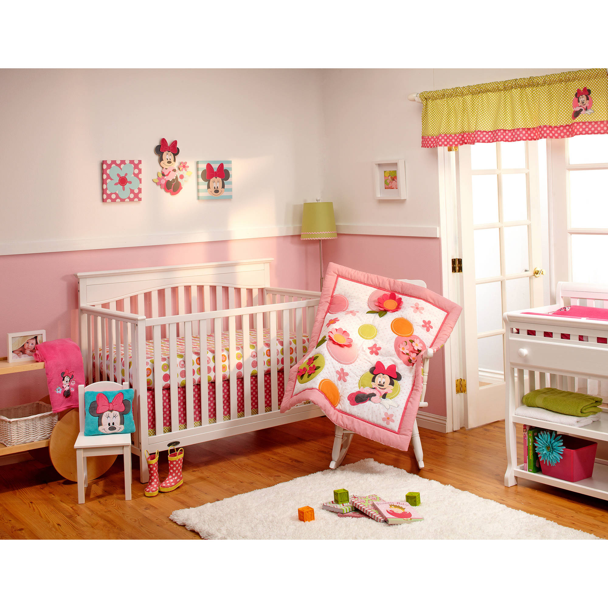 Disney Baby Bedding Minnie Mouse's Petal Perfect 4-Piece Deluxe Crib Bedding Set