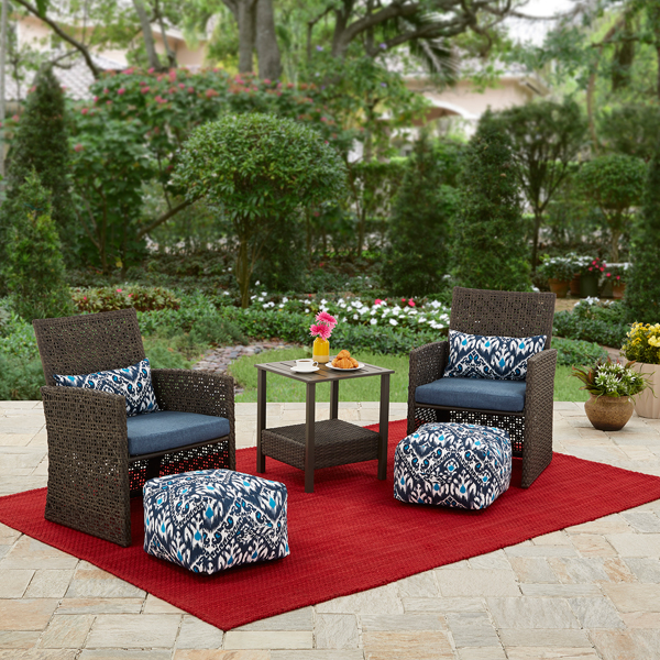Better Homes and Gardens Seaton Lake 5 Piece Outdoor Chat Set by PASCO ENTERPRISES LIMITED