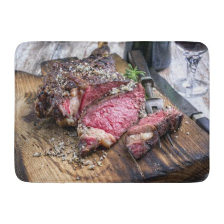 GODPOK Angus Brown Beef Barbecue Dry Aged Wagyu Tomahawk Steak As Close Up on Cutting Board Red American Rug Doormat Bath Mat 23.6x15.7
