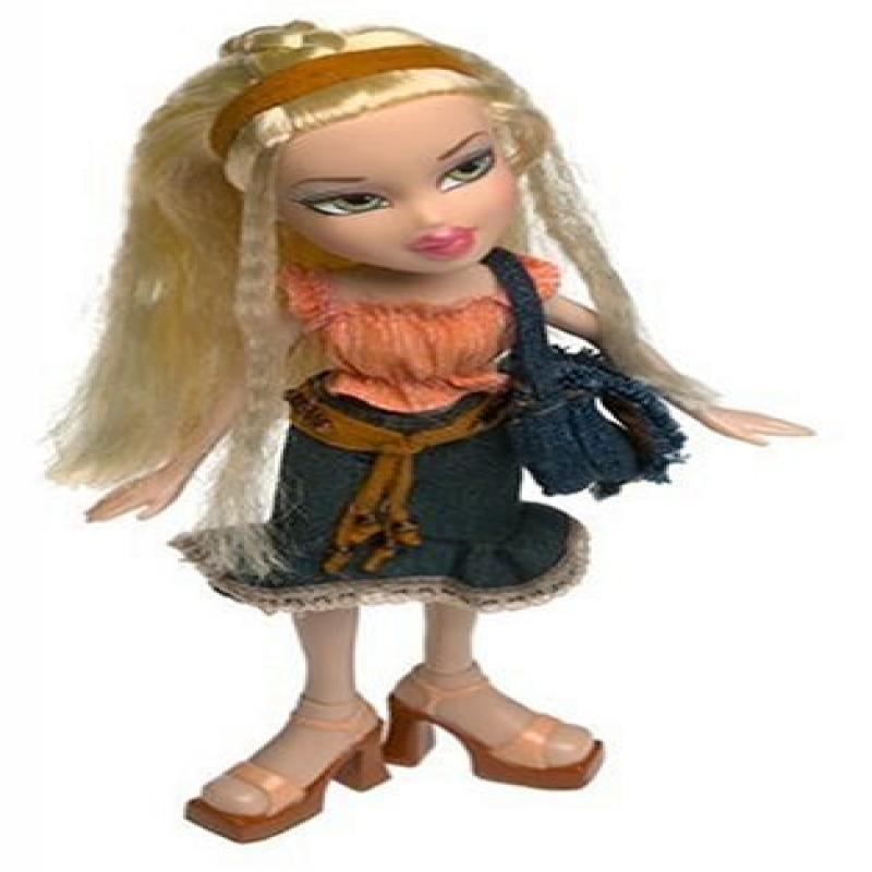 Bratz Strut It! Collection Spring 2003: Cloe by MGA Entertainment