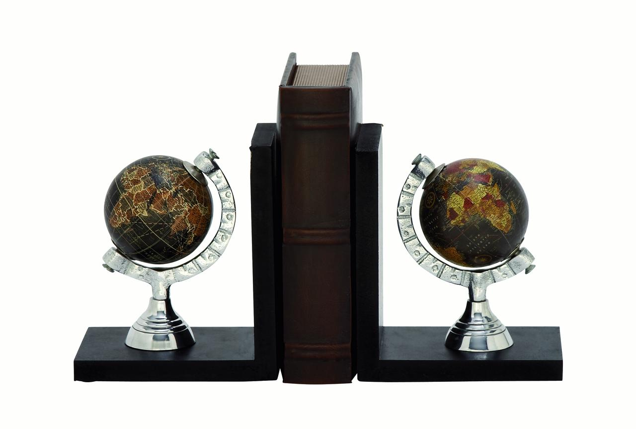 Decmode Pair of 7 X 6 Inch Modern Resin Globe Bookends, Black by DecMode
